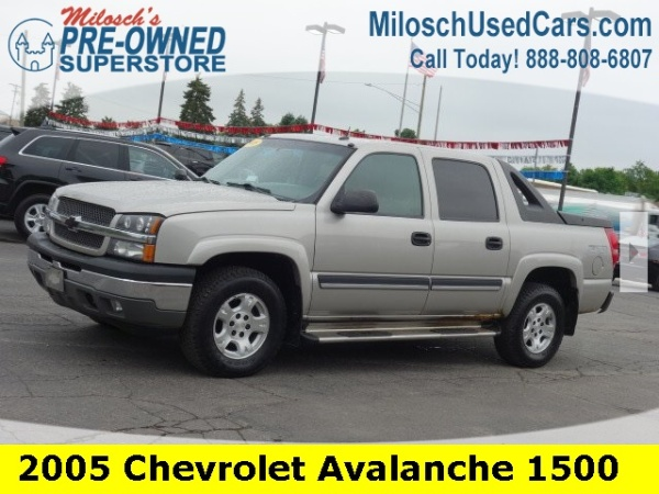 2005 Chevrolet Avalanche 1500 LS 4WD For Sale in Lake Orion