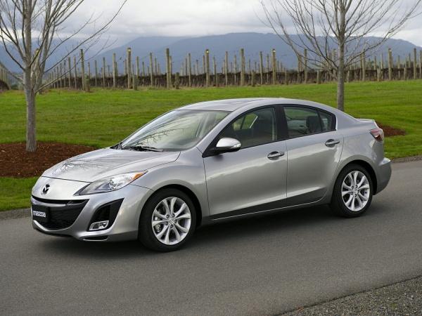 2010 Mazda Mazda3 in Farmington Hills, MI
