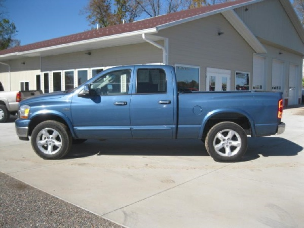 2006 Dodge Ram 1500 in Milaca, MN