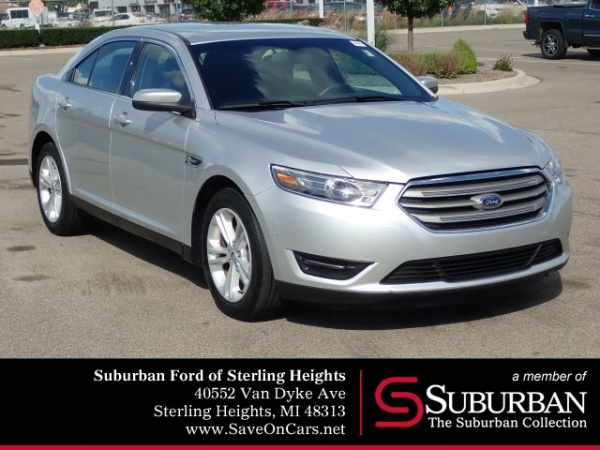 2016 Ford Taurus in Sterling Heights, MI