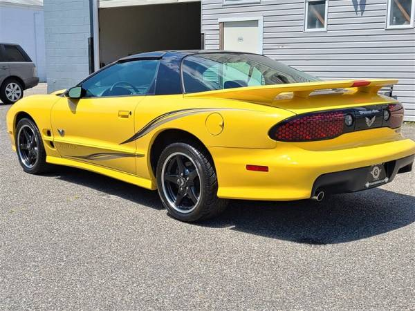 2002 Pontiac Firebird in Lakewood, NJ