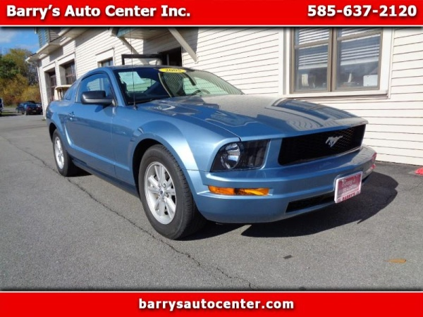 2005 Ford Mustang in Brockport, NY