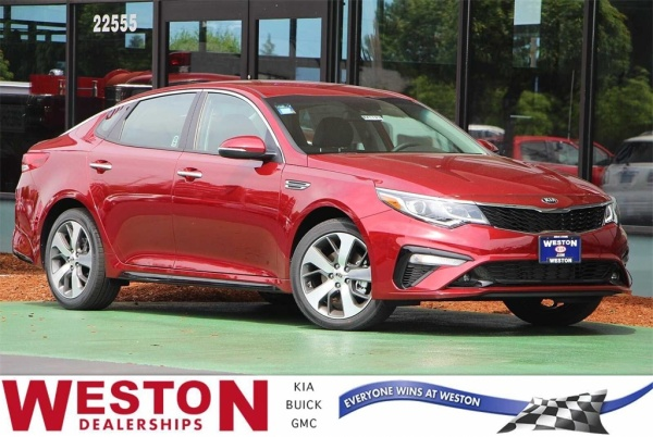 2020 Kia Optima in Gresham, OR