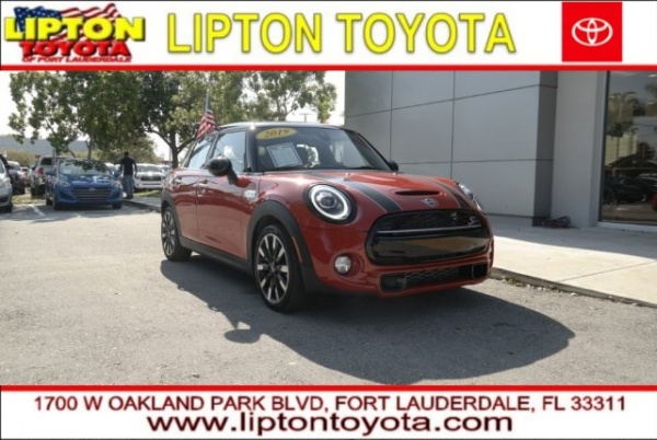 2019 MINI Hardtop in Fort Lauderdale, FL