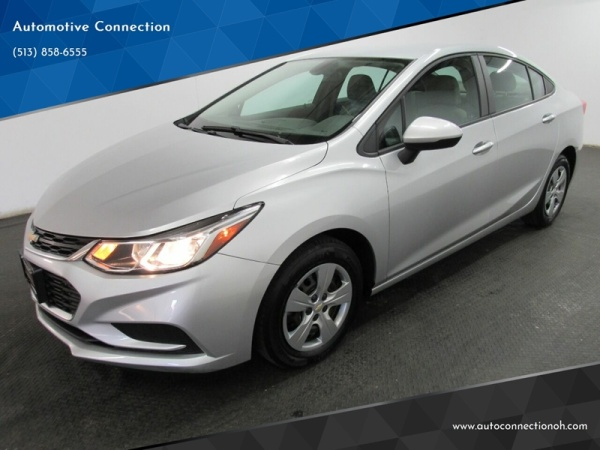 2017 Chevrolet Cruze in Fairfield, OH
