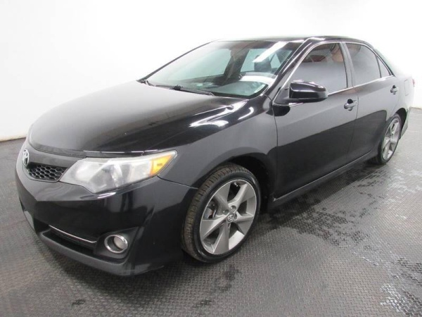 2012 Toyota Camry in Fairfield, OH