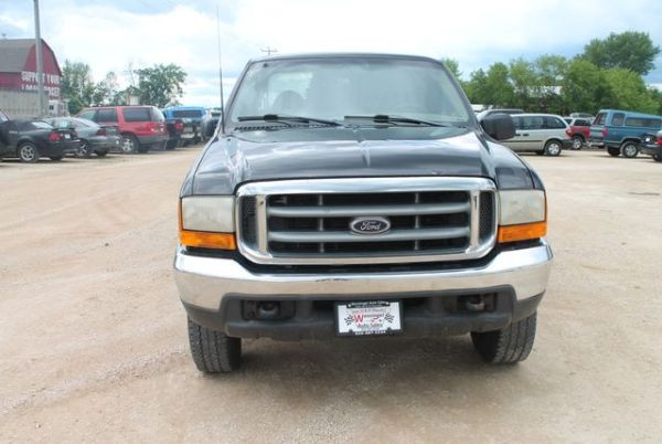 1999 Ford Super Duty F-250 in Iron Ridge, WI