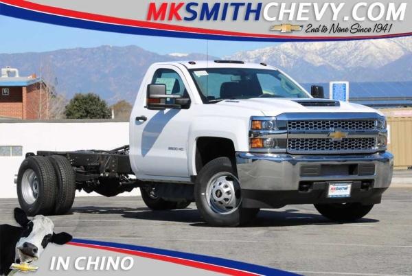 2019 Chevrolet Silverado 3500HD Chassis WT