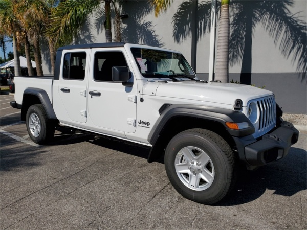 2020 Jeep Gladiator in Lake Park, FL