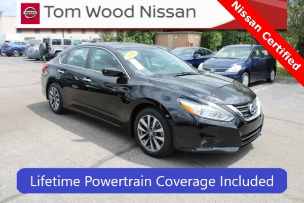 2016 Nissan Altima in Indianapolis, IN