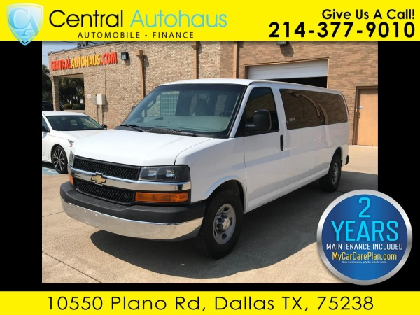 2017 Chevrolet Express Passenger in Dallas, TX