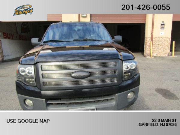 2007 Ford Expedition in Garfield, NJ