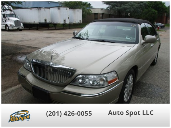 2006 Lincoln Town Car Signature For Sale In Hasbrouck Heights Nj
