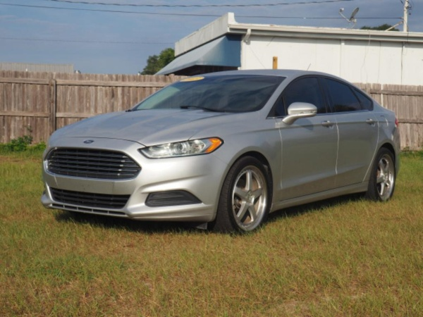 2013 Ford Fusion in Eustis, FL