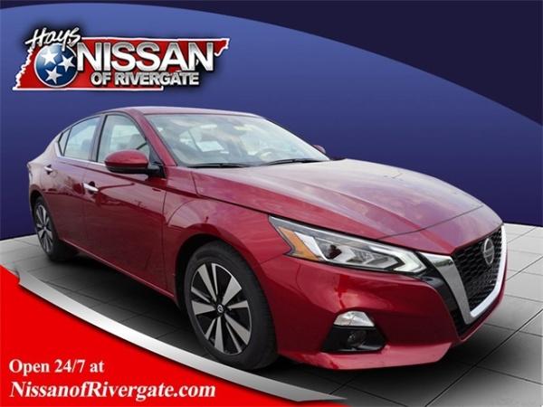 2020 Nissan Altima in Madison, TN