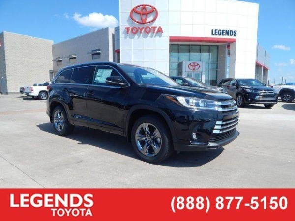 2019 Toyota Highlander in Kansas City, KS