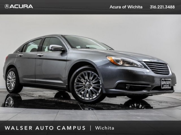 2011 Chrysler 200 in Wichita, KS
