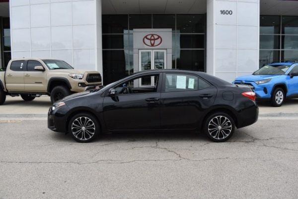 2016 Toyota Corolla in Streamwood, IL