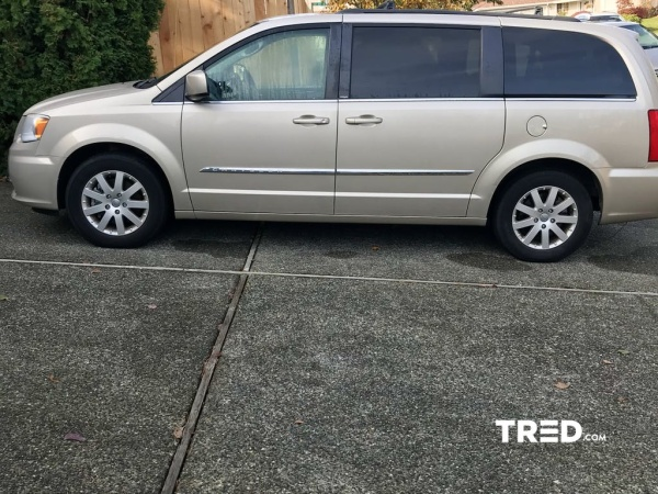 2013 Chrysler Town & Country in Seattle, WA