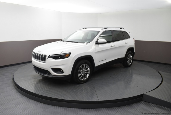 2019 Jeep Cherokee in West Park, FL