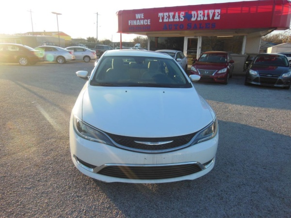 2015 Chrysler 200 in Garland, TX