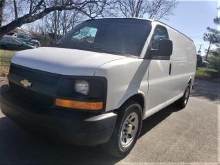 678587ec35 2010 Chevrolet Express Cargo Van RWD 1500 135