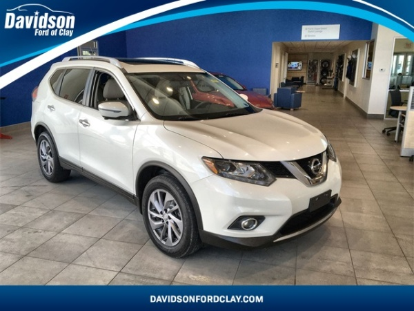 2016 Nissan Rogue in Liverpool, NY