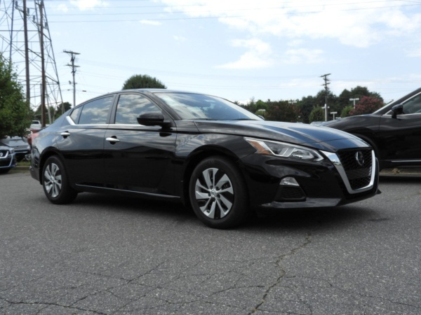2020 Nissan Altima in Hickory, NC