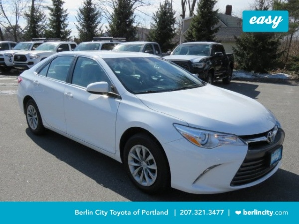 2017 Toyota Camry LE