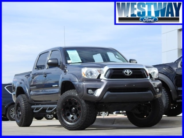 2015 Toyota Tacoma in Irving, TX