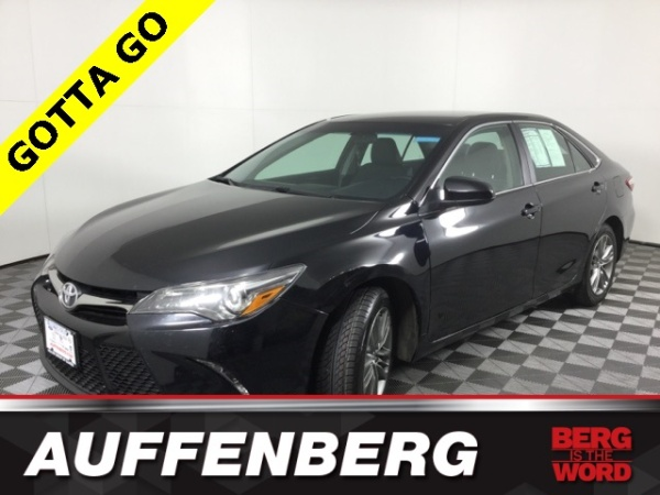 2016 Toyota Camry in Belleville, IL