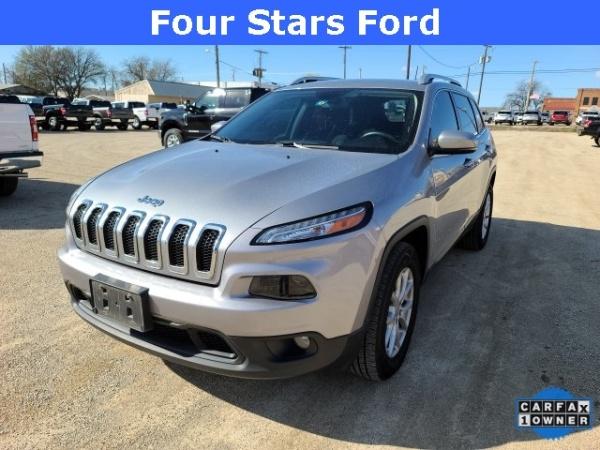 2017 Jeep Cherokee in Jacksboro, TX