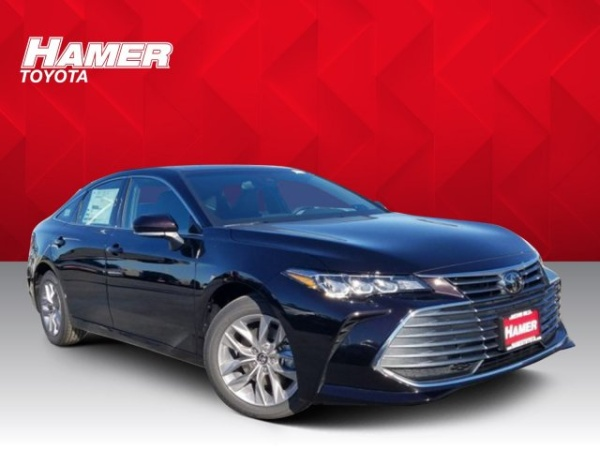 2020 Toyota Avalon in Mission Hills, CA
