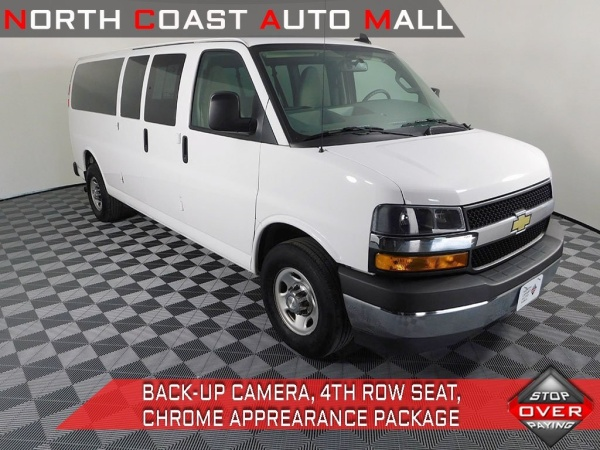 2018 Chevrolet Express Passenger in Cleveland, OH