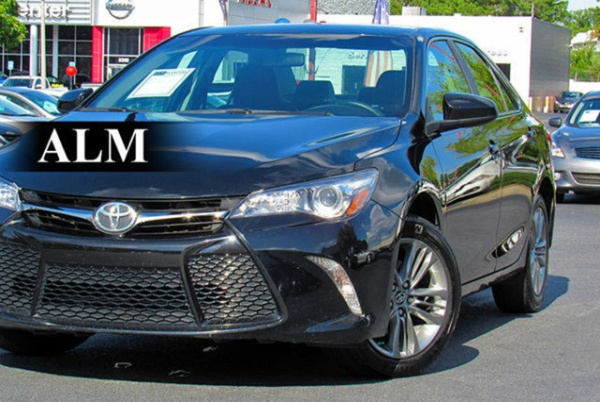 2017 Toyota Camry in Kennesaw, GA