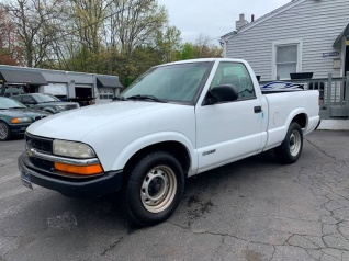 1998 Chevrolet S 10 Base Regular Cab Standard Box 2wd For In Plainville