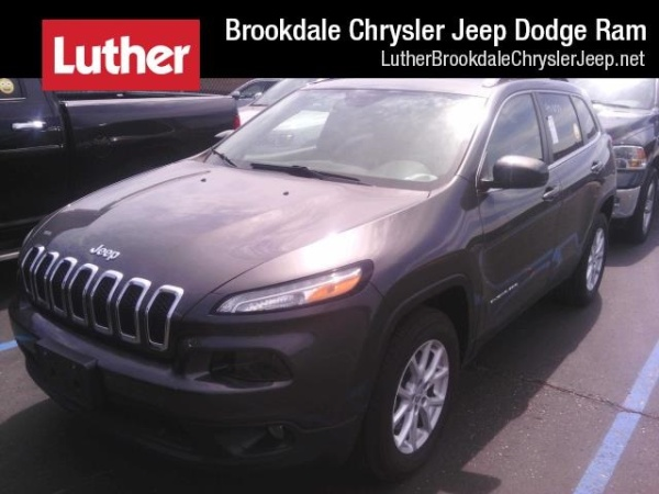 2016 Jeep Cherokee in Brooklyn Park, MN