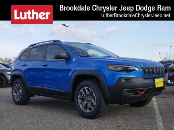 2020 Jeep Cherokee in Brooklyn Park, MN