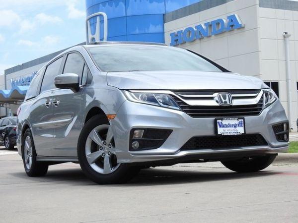 2018 Honda Odyssey in Arlington, TX
