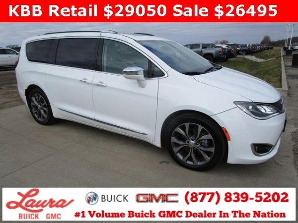 2017 Chrysler Pacifica in Collinsville, IL