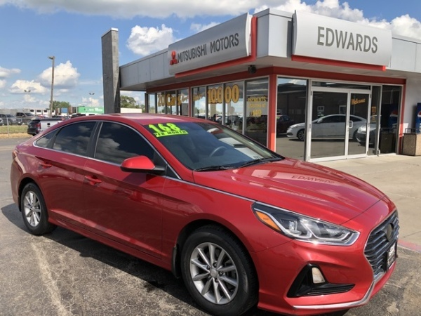 2018 Hyundai Sonata in Council Bluffs, IA
