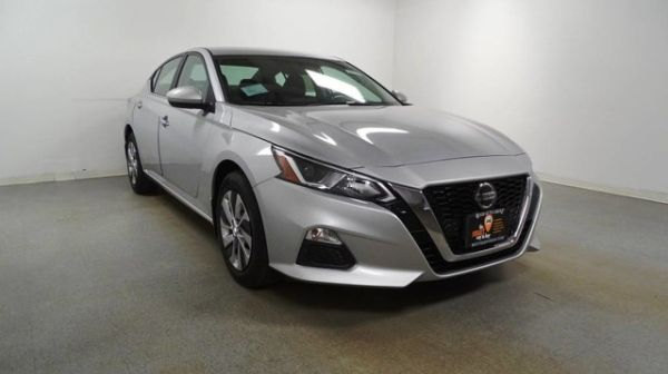 2020 Nissan Altima in Hillside, NJ