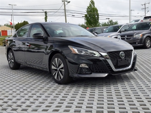 2020 Nissan Altima in Middletown, CT