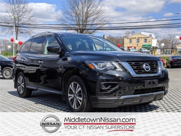 2017 Nissan Pathfinder in Middletown, CT