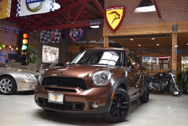 2013 MINI Countryman in Summit, IL