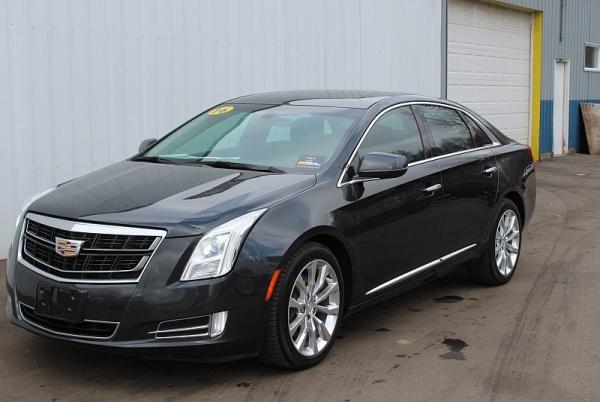 2016 Cadillac XTS in Michigan Center, MI