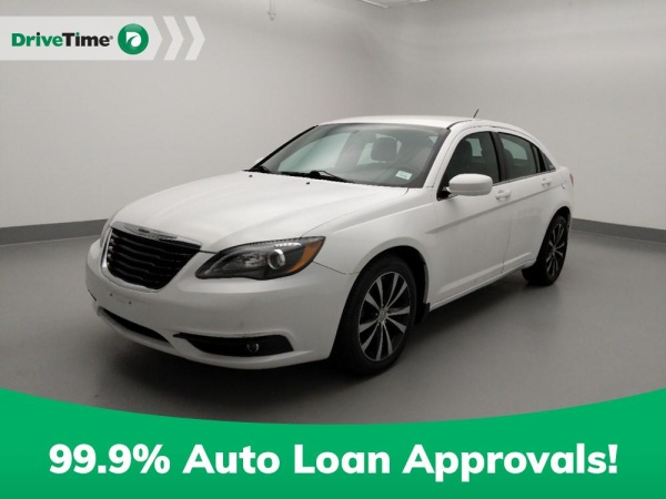 2014 Chrysler 200 in Independence, MO