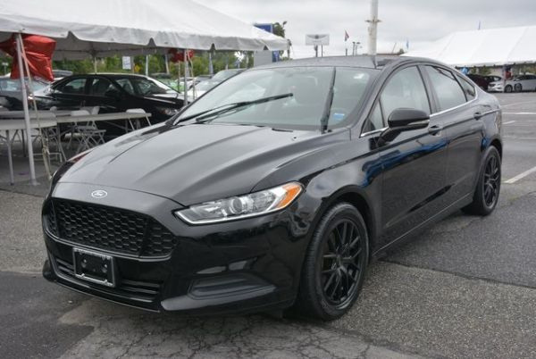 2016 Ford Fusion in West Islip, NY