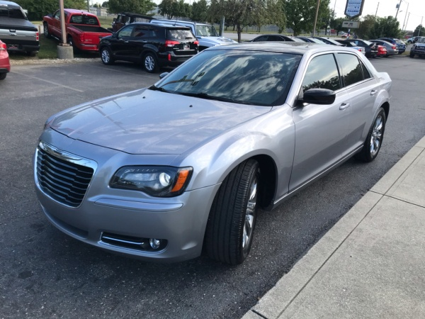 2013 Chrysler 300 in Indianapolis, IN