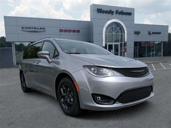 2020 Chrysler Pacifica in Vidalia, GA